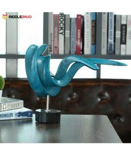 Setting Posture Small Size Modern Sculpture Abstract Sculpture Resin Sculpture